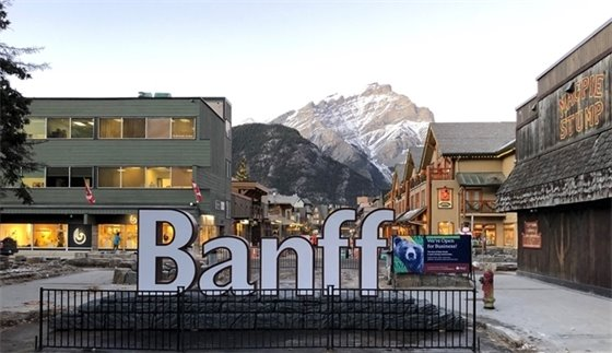 Banff sign on Bear Street
