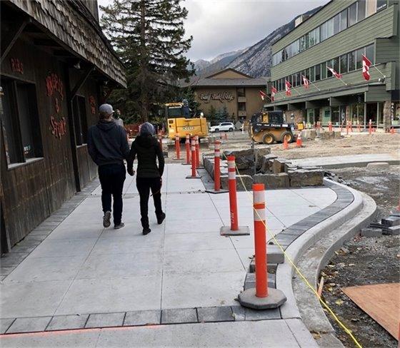 Magpie corner paving