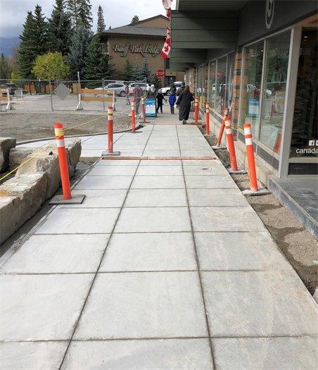 Canada House sidewalk