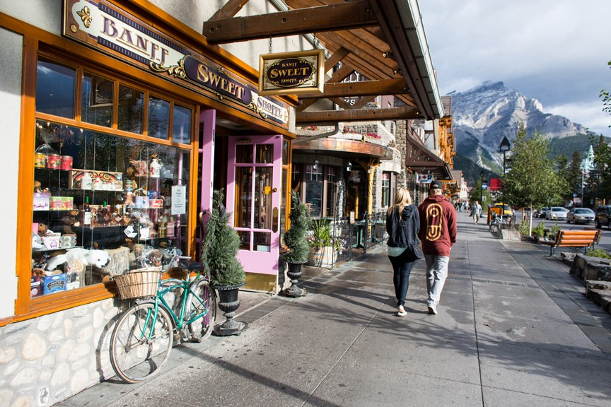 Shopping in Downtown Banff
