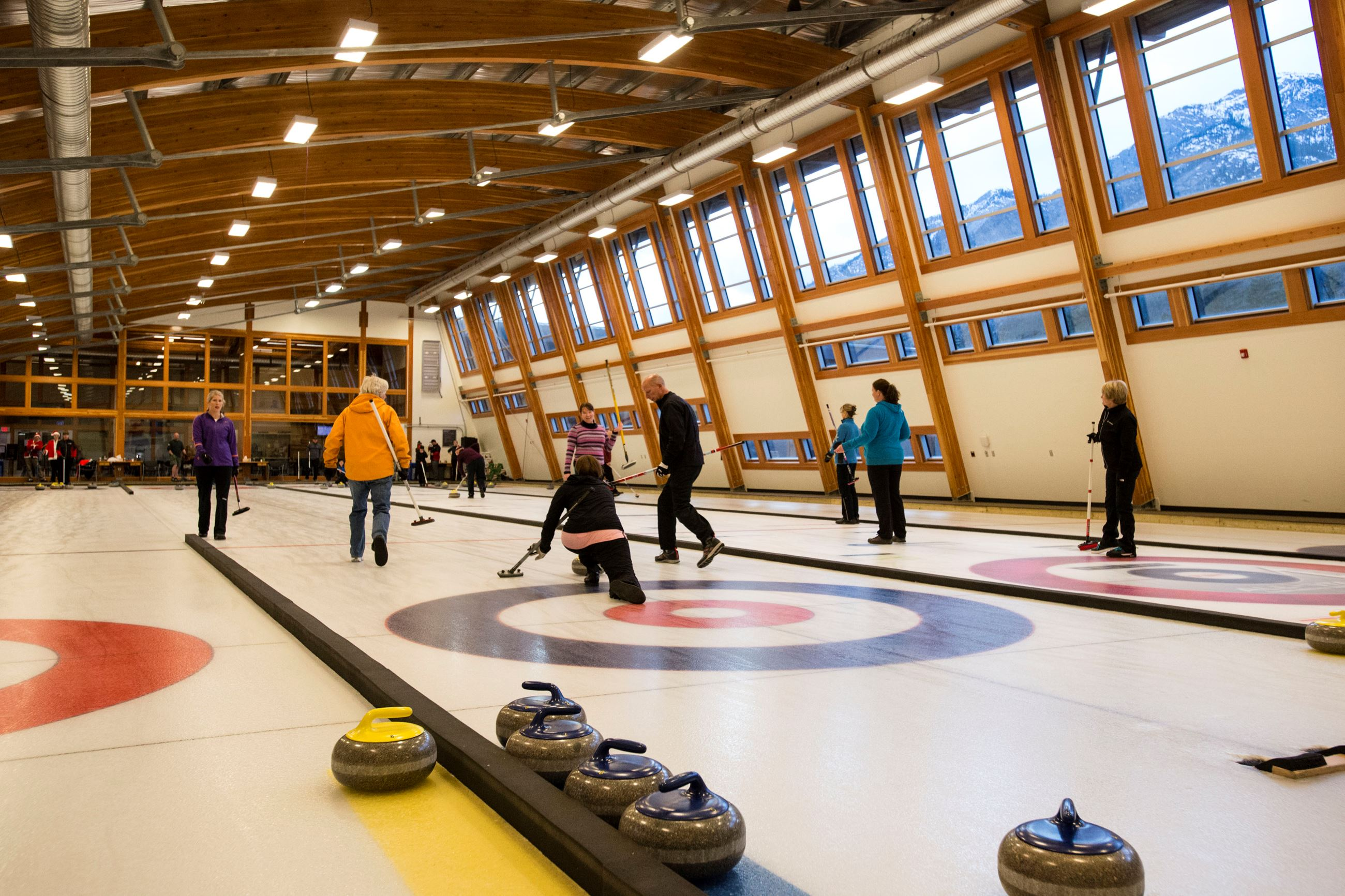 Curling at The Fenlands