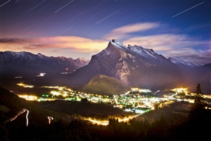 Night shot of the townsite from Norquay